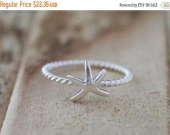 TAX Season Sale Mermaid. Sterling Silver mini Starfish petite Midi Ring