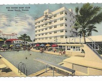 Vintage Florida Linen Postcard Miami Beach The Tatem Surf Club Hotel on the Ocean at Collins Avenue Pool Area USED