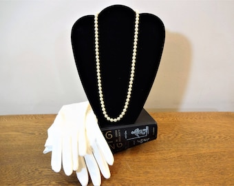 """Lustrous Vintage Pearl Necklace - 24"""" Creamy Faux Pearl Necklace - 7 mm Hand Knotted Glass Pearls - Vintage Costume Jewely - Wedding Jewelry"""