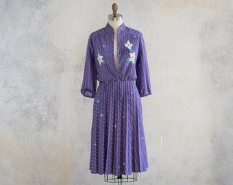 Vintage 1970s Purple Floral Day Dress