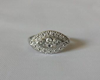 Estate 10k White Gold Mid Century Diamond Wedding Ring Sz 5