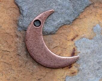 1 Antique Copper Crescent Moon Charm, Nunn Designs 14.6x11.4mm