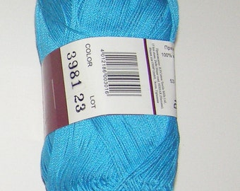 Vita Pelican crochet thread size 10, 100% mercerized cotton, 50g/360 yds, #3981 blue