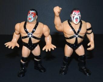 1990 WWF Hasbro Demolition Ax & Smash Pro Wrestling Tag Team Action Figures / Toys