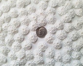 50 Pure White Tiny 1/2 inch Fabric Yo Yos Applique Quilt Pieces Scrapbooking Embellishments