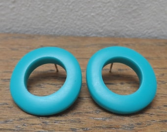 Resin 'wobble hoop' earrings - deep turquoise