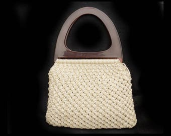 Crochet handbag - double handle handbag-  Lucite handle handbag - - beige summer handbag - retro 50's handbag - beige knit purse - # H 19