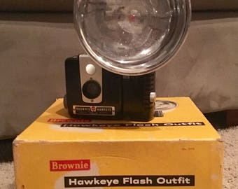 Hawkeye Brownie Camera with Flash Outfit
