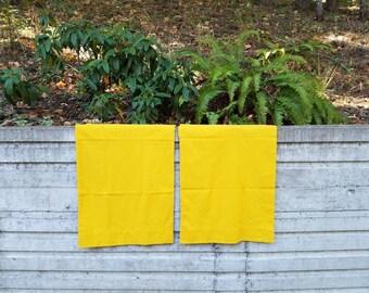 Vintage gold pillowcases, king size pillowcase, mustard pillowcases, harvest gold, vintage linen, Tastemaker by Mohawk, vintage pillowcases
