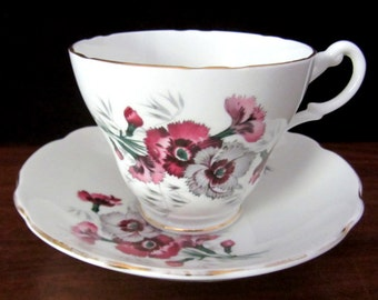 Royal Ascot Bone China 'Carnation' Tea Cup And Saucer Set. Made in England