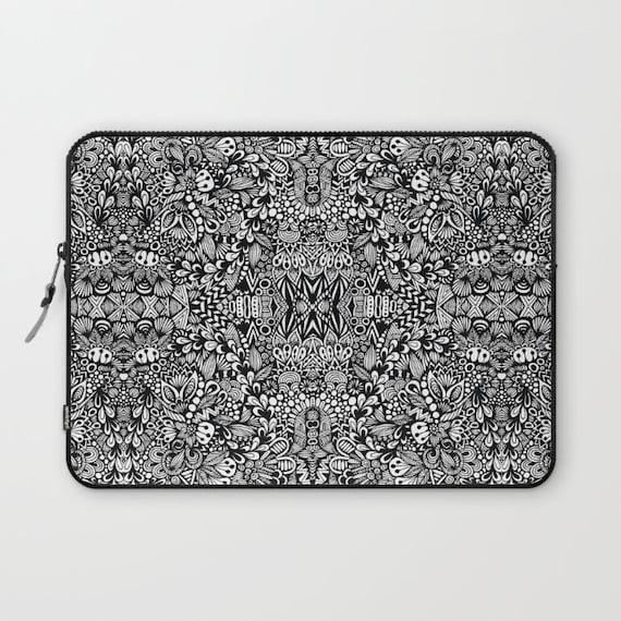 B&W Laptop Sleeve