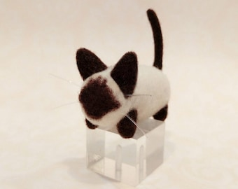 Needle Felted Siamese Cat, Needle Felted Chocolate Point Siamese
