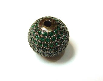 Metal rhinestone-encrusted PF35 0220 shape bead 14mm round green