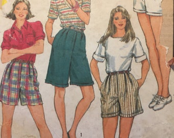 Vintage 1980s Simplicity 6377 Sewing Pattern for Shorts