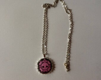 Punk Princess necklace! Pink skull pendant