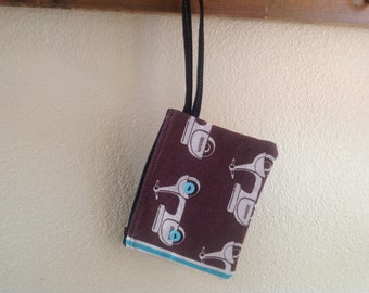 WRISTLET with Scooter and buttons