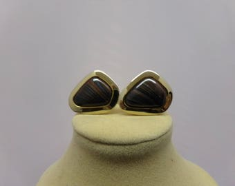 Vintage Gold Tone Cuff Links with Cabochon