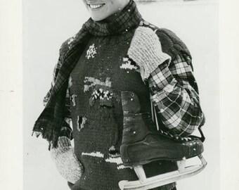 vintage photo 1983 Ralph Lauren Winter Fashion Knit Sweater Ice Skates Press Photo New York