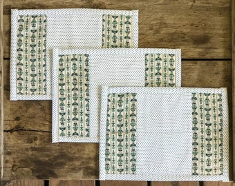 Vintage 1940's Green and White Hot Pads - Set of 3