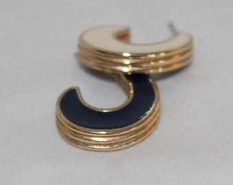 Vintage Avon Blue And Cream Gold Double Sided Enamel Pierced Earrings