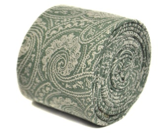 pale green paisley cotton tie by Frederick Thomas FT2145