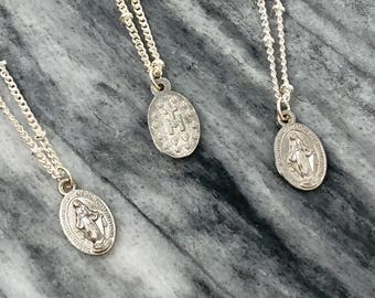 Silver Mary Necklace / Mother Mary Necklace / Dainty Saint Mary Necklace / Catholic Necklace / Dainty Charm Necklace