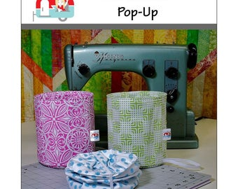 Fat Quarter Pop Up Kit makes a fun little container for your favorite project!