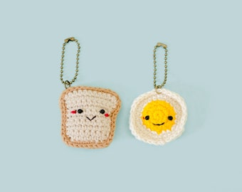 Keychain the Bread and Fried Egg / the Crochet Keyring/ Accressies.