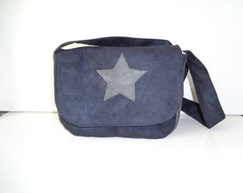 size small Messenger bag