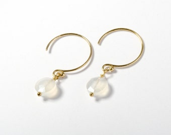Drop Earrings, White Earrings, Delicate Earrings, Gemstone Earrings, Delicate Gold Earrings, Gold Drop Earrings, White Gemstone Earrings