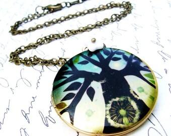 Moderne Baum Medaillon Halskette, leuchtend blauen Farben, Foto Medaillon, lange Kette, Winter Baum, Petrol, großen runden Medaillon