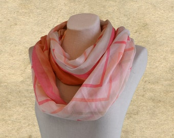 Wide infinity scarf, Fabric circle scarf, Spring loop scarf, Womens fabric scarf, Chevron scarves, Pink infinity scarf, Womens trendy scarf