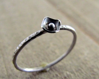 Poppy Ring .925 Sterling Silver Stacking Ring