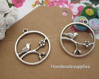 Set of 5 antiqued silver tone 32x28mm (Cgdif) bird charms