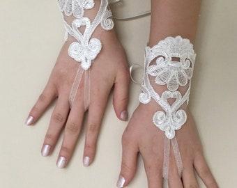 Ivory Wedding gloves  guantes french lace gloves, prom, celebration, handmade gift, bridal lace gloves, engagement