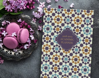 Academic Planner (Islamic): Purple Arabesque