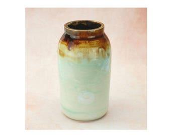 Porcelain Vase SKU P0065