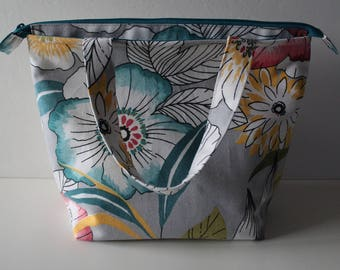 Lunch Bag, Adult Lunch Tote Bag, Insulated, Large Size, Womens Lunch Bag, Zipper Top, Inside Pockets, Floral Print, Ready To Ship
