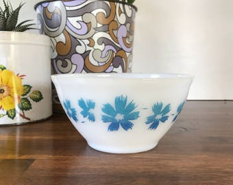 """Agee/Crown Pyrex Cape Tulip 6"""" Mixing Bowl Retro Kitchen 1970's Cookware"""