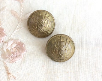 Brass Coat of Arms Buttons. 20mm Military Style Blazer Shank Buttons circa 1940