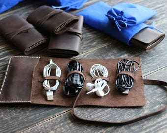 Cable organizer Cord organizer Leather case Pouch for cord Travel accessories Leather cable holder Headphone holder