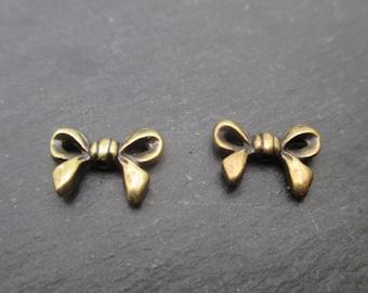 Pearl bow 14 mm x 10 mm bronze x 1