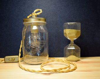Lamp retainer jar