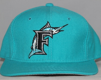 Vintage Florida Marlins Sports Specialties MLB Fitted Hat 7 1/4