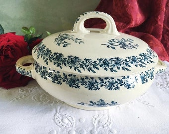 French vintage porcelaine tureen. Transferware. Luneville. Paquerette. Teal and cream soupiere. Antique Serving bowl with lid.