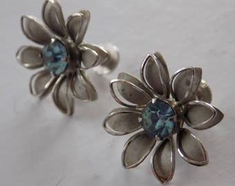 "Vintage signed ""BN"" , Bugbee and Niles screw back blue crystal and silver plate flower earrings, 1950s jewelry, retro earrings"