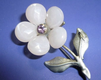 Vintage Pink Stone Flower Brooch with Silvertone Leaves, 1970s