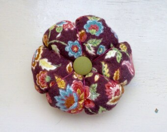Fabric pincushion, sewing pincushion, pin cushion for sale, quiliting pincushion, quilter's gift, hand sewing, needle holder