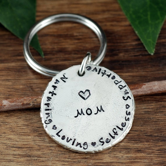 Personalized Mom Keychain, Mother's Day Keychain, Custom Mommy Keychain, Gift for Mom, Pewter Keychain, Gift for Mom, Keychain for Dad
