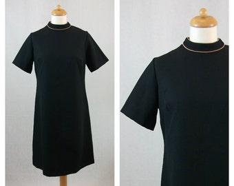 70s vintage dress. MYNETTE. Black dress. Short sleeves dress. Size M - L.